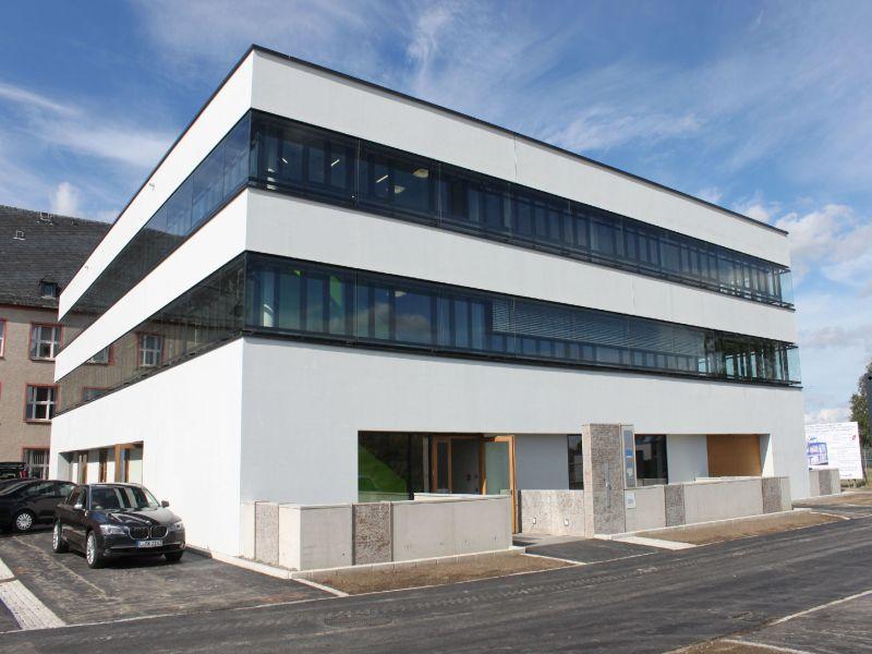 TU Bergakademie Freiberg, Neubau IEC